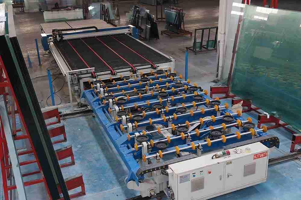 Linhas de corte de vidro do dragão de Shenzhen