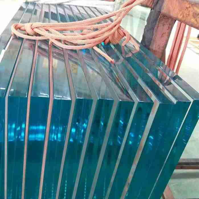vidro temperado bem polido borda perfeita nenhuma falha