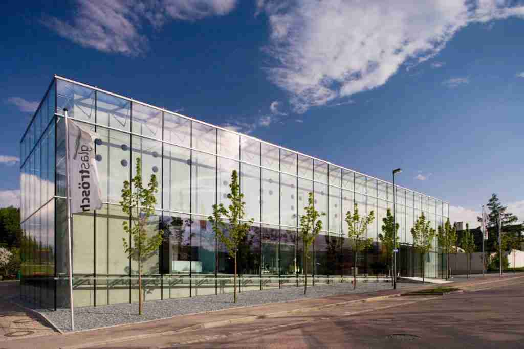 5 excellent glass curtain wall systems solutions. 1 glass curtain wall