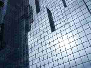 deformation of facade glass