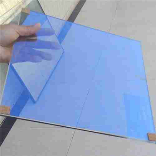 Verre réfléchissant de chaleur de couleur bleue