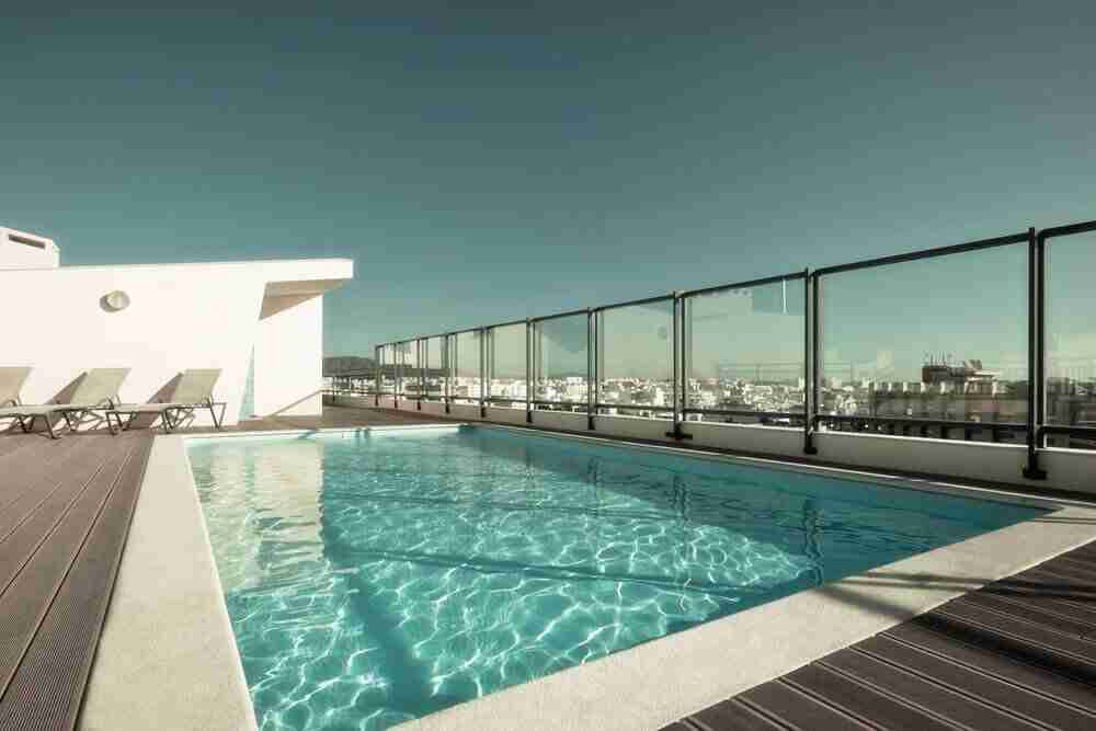 glass for pool fencing