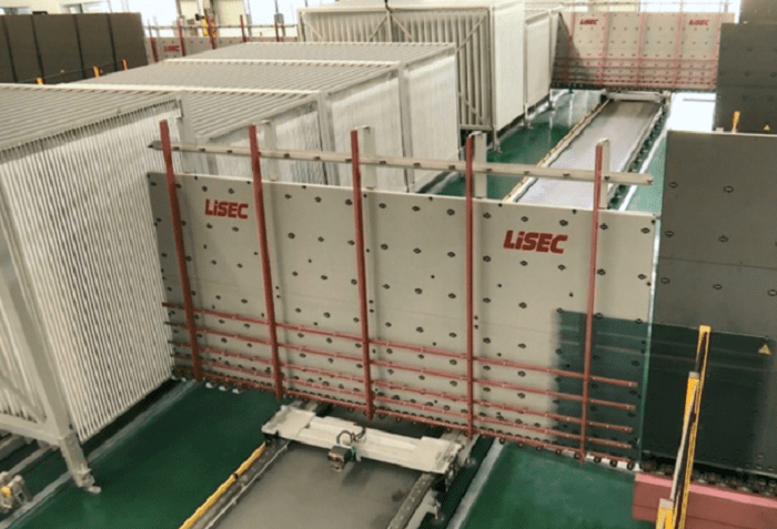 insulated glass production by Lisec intelligent plant