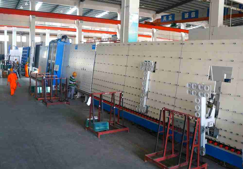 World advanced igu glazing line