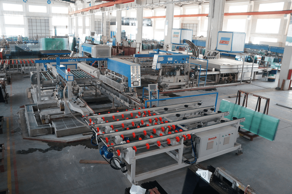 مسؤولة ممتازة الجودة padel المحكمة مصنع الزجاج في الصين. شنتشن التنين زجاج توفير عالية الجودة بادل المحكمة الزجاج. 10mm / 12mm الزجاج المقسى.