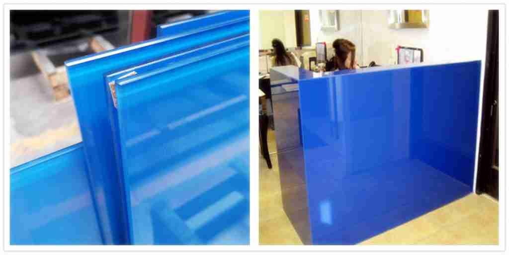 blaues Glaswand dekor