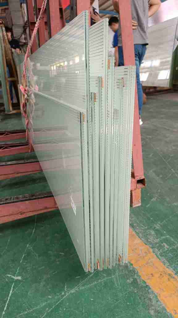 low iron fluted laminated glass